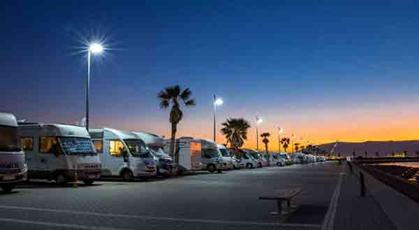 10 Tips for Overnight RV Parking