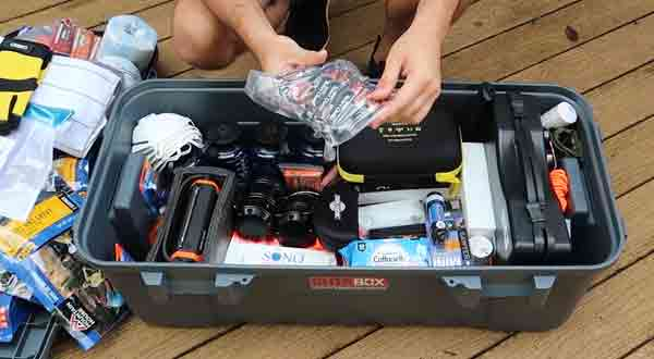 Total 32 RV Emergency Kit You Must Have In Your Travel